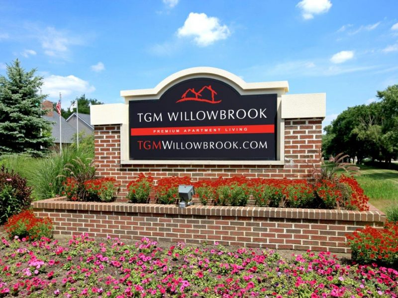 TGM Willowbrook Apartments Gateway 3